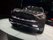 2016纽约车展:英菲尼迪QX70 Limited