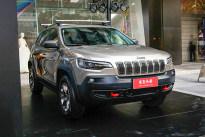 12月上旬上市 Jeep新款自由光正式下线